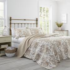 laura ashley bedford 3 piece mocha king quilt set