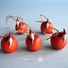 Елочная игрушка <b>Гномик на</b> яблоке 5 см, подвеска, <b>Breitner</b>