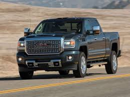 GMC Sierra 2500HD Denali Named 2018 Pickup Truck of the Year