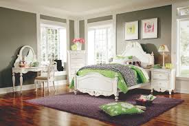 grey green and purple rooms dayri me