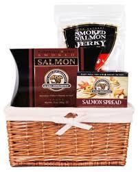 alaska smokehouse alaska smokehouse salmon sler gift basket 2 pound packages 28 62