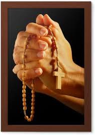 Christian člověka Modlit Se Růženec V Ruce
