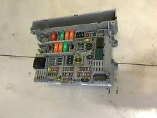 bmw fuses fuse boxes bmw 320d e90 2005 2008 2 0 fuse box 6906621