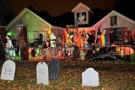 cheap halloween decoration ideas for cheap diy halloween decorations  Halloween House Decorations diy halloween party decorations