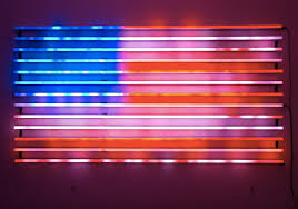 fourth of july american flag jasper johns moma flag leo villareel