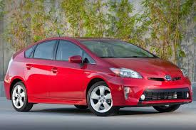 Toyota Prius Review & Ratings: Design, Features, Performance ...