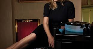McIntosh Stories: <b>Diana Krall</b> Contemplates <b>Love</b> and Loss on 'Turn ...