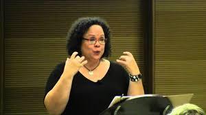 斯坦福大学教务长Lythcott-Haims:上大学前孩子必须具备8种能力