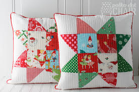 Patchwork Quilted Christmas Pillow Tutorial & Patchwork Quilted Star Pillows on polkadotchair.com Adamdwight.com
