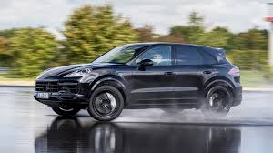 Porsche Cayenne Turbo (2017) review by CAR Magazine