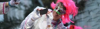 Flashing for <b>Mardi Gras</b> Beads | <b>Mardi Gras</b> New Orleans