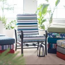 Outdoor Cushions Sale Our Best Deals & Discounts