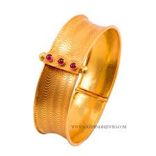 Gold Bangles Designs With Price In Rupees Joyalukkas Joy Alukkas Gold Bangles Designs With Price South India Jewels