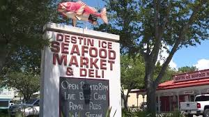 Destin Ice Seafood Market - YouTube