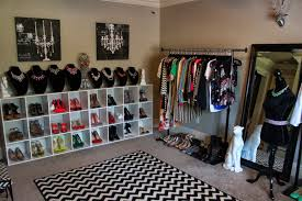 Captivating Turning A Room Into Closet Beautiful Small Bedroom Walk