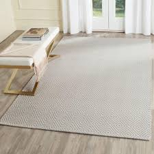 area rugs on hardwood floors decorating paint colors that go with cherry wood light white tiles