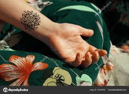 хна татуировки Mehendy рисунок стоковое фото Melanjurga 161387052