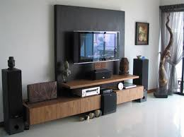 home dzine home decor is the tv a focal point in your throughout how to decorate gallery wall behind