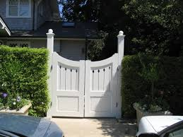 awesome suggestions on design for wooden driveway with wooden gate designs