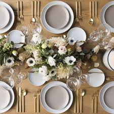 21 Tablescapes to Inspire Your Holiday Party Dcor