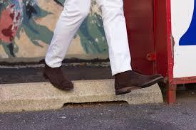 sabir m le of men s style pro wearing allen edmonds chelsea boots