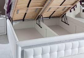 Senioren Schlafzimmer Mit Einzelbett Ferienwohnung Für 5 Personen