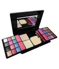 kiss beauty makeup kit 40 gm