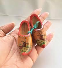 details about vtg miniature souvenir wooden shoes holland dutch netherlands brown clogs carved