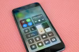 11 mẹo giúp cải thiện pin trên iOS 11 - VnReview - Tư vấn