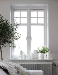 10 Fabulous and Cheap Ways to Decorate Your Windowsills | decor: apt. |  Pinterest | Decorating, Apartments and Window