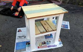 diy end table made with reclaimed wood