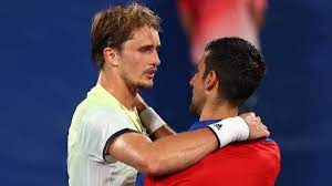 Olympia: Zverev besiegt Djokovic und steht im Tennis-Finale - ZDFheute