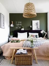 Wahrscheinlich der einzige ort im eigenen zuhause an dem man wirkliche ruhe erfährt. Inspiration Fur Mehr Grun Im Schlafzimmer This Is For Art Lovers Schlafzimmer Neu Gestalten Zimmer Schlafzimmer Ideen Fur Paare