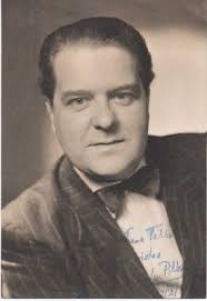 WENSLEY PITHEY 'OLIVER!' SCARCE HAND SIGNED AUTOGRAPHED 6x4 PHOTO - £40.00    PicClick UK