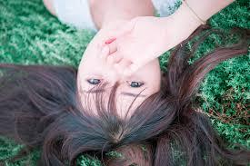 フリー写真画像 かわいいかわいい夏髪髪型若者女の子草