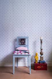 liberty bedroom wall mural: wallpaperlibertyflowersredwhite camee  wallpaperlibertyflowersredwhite