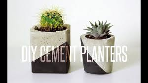 Adorable ceramic plant stand ideas for garden Wooden Diy Cement Planter Youtube Diy Cement Planter Youtube