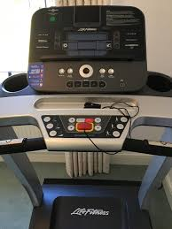 life fitness t3 treadmill running machine with go console