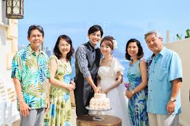 ハワイ沖縄での結婚式ならアロハシャツドレスコードを徹底解説