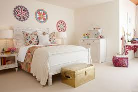Bedroom Vintage Cute Teen Room Ideas With White Decor Also Wall