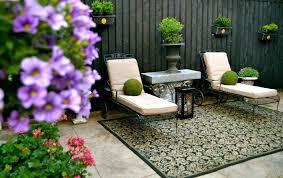 comfortable outdoor fence decor ideas cool inspiration outdoor wooden fence decorating ideas