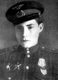 Семь известных пионеров героев Второй мировой войны Аркадий Каманин
