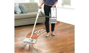 vacuum cleaners for hardwood floor and carpet best vacuum for hardwood floors and carpet consumer reports