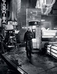 blade runner essay william faulkner essay on ice hockey blog  rutger hauer on the set of blade runner oldschoolcool rutger hauer on the set of blade