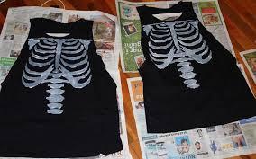 diy painted skeleton shirt restyle