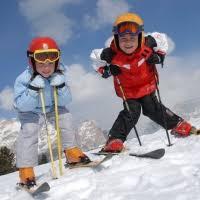 Правила безопасности при катании на лыжах и коньках