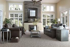 use laminate flooring on walls