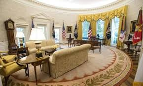 oval office wallpaper. White House Reveals New Look \u2026 And Trump Chose The Wallpaper \u2013 In Pictures Oval Office Guardian