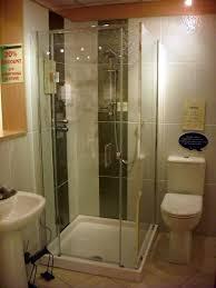Small shower stalls