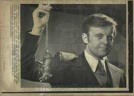 1972 Press Photo Edward Coll Hartford television democratic ...